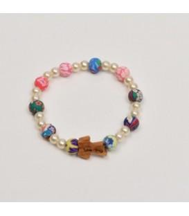 Pulsera con cuentas de colores y perlas