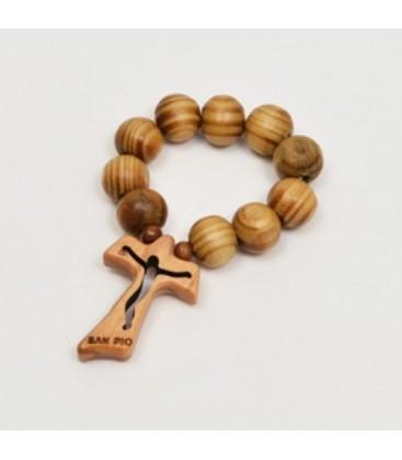 Zehn Holz mit geschnitzten Tau